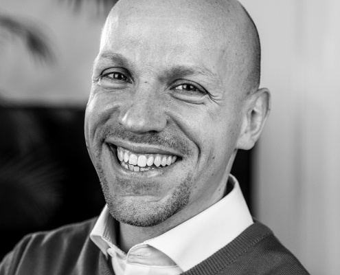 Sebastian Neumann | Leiter Pharmaziemarketing & Apothekenmarketing 1 - Social Media Agentur aus Oldenburg Social Media Agentur aus Oldenburg